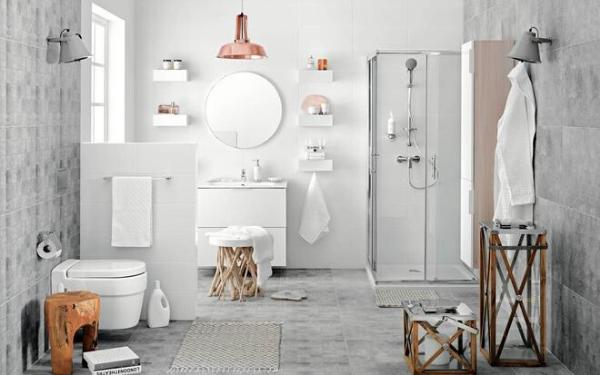 Jaki jest cennik usług przy remoncie łazienki?