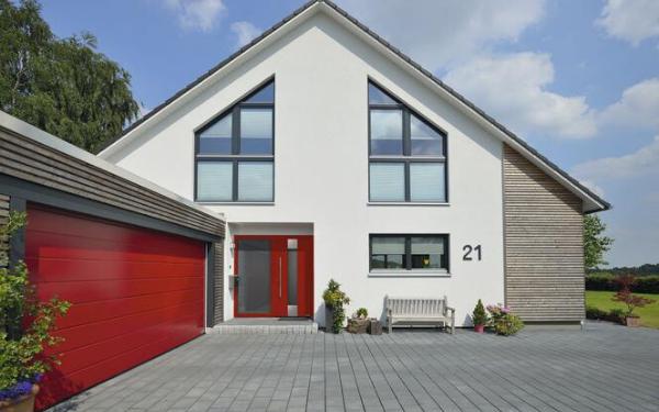 Izolacyjność drzwi wejściowych i bram garażowych